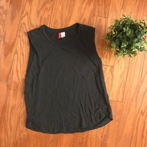 H&M Divided Dark Grey Raw Edge Muscle Tee T-shirt